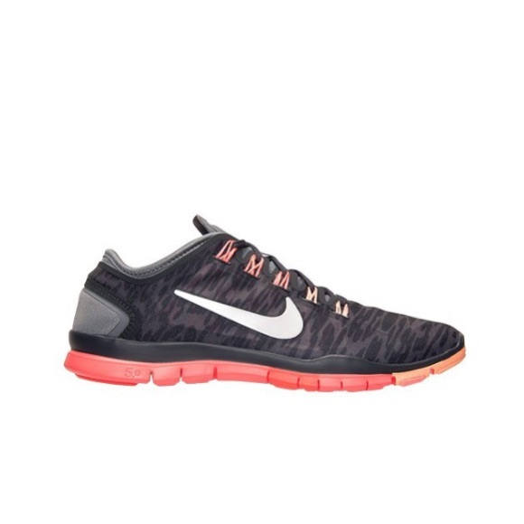 outlet store a9640 e5cbe NIKE FREE TR CONNECT 2 7